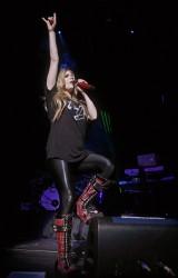 Аврил Лавин, фото 13855. Avril Lavigne Q102 Jingle Ball 2011 in Philadelphia (7.12.2011)*same IB gallery as above, foto 13855,