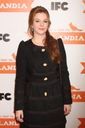 Амбер Тамблин, фото 1132. Amber Tamblyn 'Portlandia' Season 2 Premiere screening in New York - 05.01.2012, foto 1132