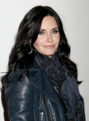 "Courtney Cox ""Cougar Town"" Viewing Party in NYC February 11, 2012 HQ x 15"