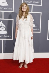 Alison Krauss @ 54th Annual Grammy Awards in LA February 12, 2012 HQ x 3