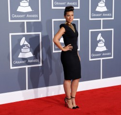 Алиша Киз (Алисия Кис), фото 3071. Alicia Keys 54th annual Grammy Awards - 12/02/2012 - Red Carpet, foto 3071