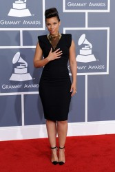 Алиша Киз (Алисия Кис), фото 3076. Alicia Keys 54th annual Grammy Awards - 12/02/2012 - Red Carpet, foto 3076