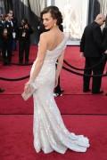 Милла Йовович, фото 2017. Milla Jovovich 84th Annual Academy Awards - February 26, 2012, foto 2017