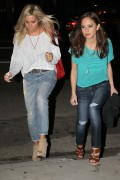 Эшли Тисдэйл, фото 7808. Ashley Tisdale March 1st Firefly Restaurant, foto 7808