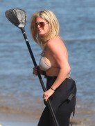 Рэйчел Хантер, фото 423. Rachel Hunter at a Malibu beach - 04/03/12, foto 423