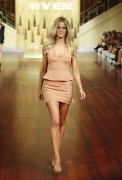 Дженифер Хокинс, фото 1577. Jennifer Hawkins Myer Autumn/Winter Fashion Launch Parade in Melbourne - 01.03.2012, foto 1577