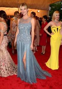 Brooklyn Decker @ Metropolitan Museum Of Art Costume Institute Gala In NYC May 7, 2012 HQ x 4